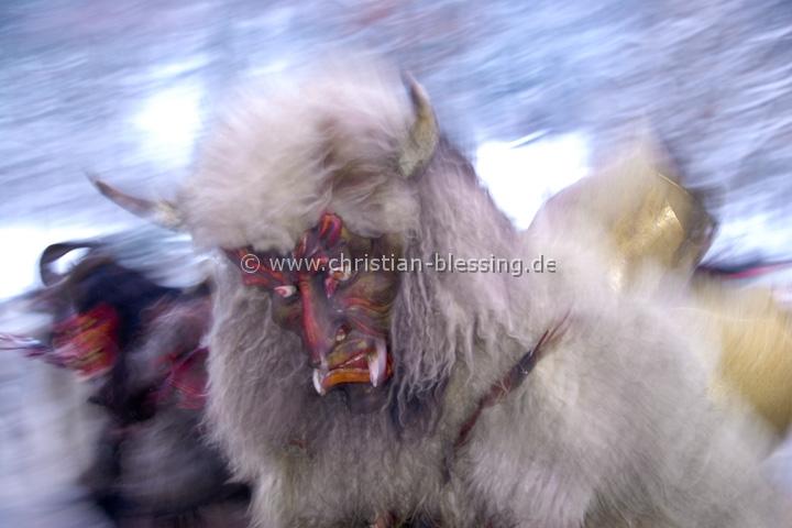 Der Buttnmandllauf ist ein alter Brauch der um die Nikolauszeit im Berchtesgadener Land gepflegt wird.