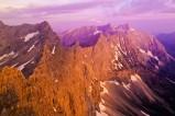 Laliderer Spitz im Morgenrot, gilt als eine der schönsten Kletterwände im Karwendelgebirge (Österreich)